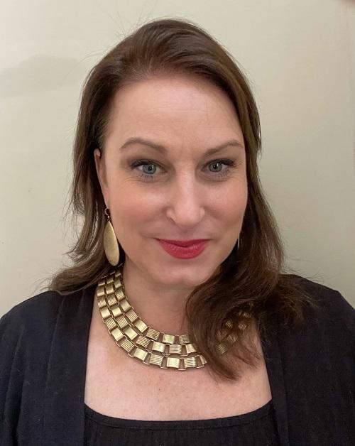 Nicole Ponstingle Headshot